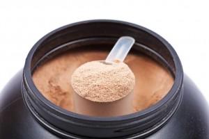 La proteína por sí sola no hará que ganes músculo, pero si no tomas la suficiente nunca lo ganarás.
