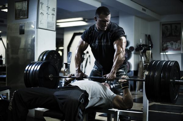 Siguiendo nuestros consejos verás como progresarás más en el gimnasio y no te estancarás