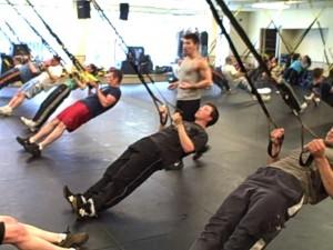 Imagen de un entrenamiento con TRX
